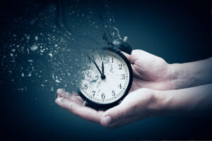 Clock vanishing into thin air. Estate Planning, Wills, Power of Attorney